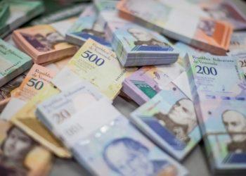 AMERICA DIGITAL - Billetes de Venezuela. EFE/ Miguel Gutiérrez