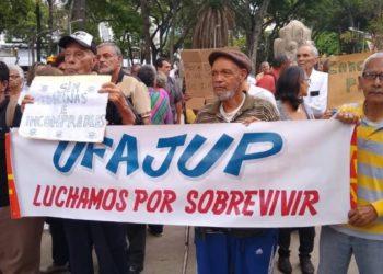Jubilados-Pensionados-protesta-pensiones