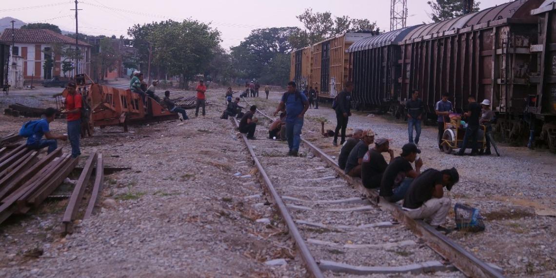 Las autoridades estadounidenses arrestaron a 98.977 migrantes indocumentados en la frontera entre Estados Unidos y México en abril. Foto: EFE