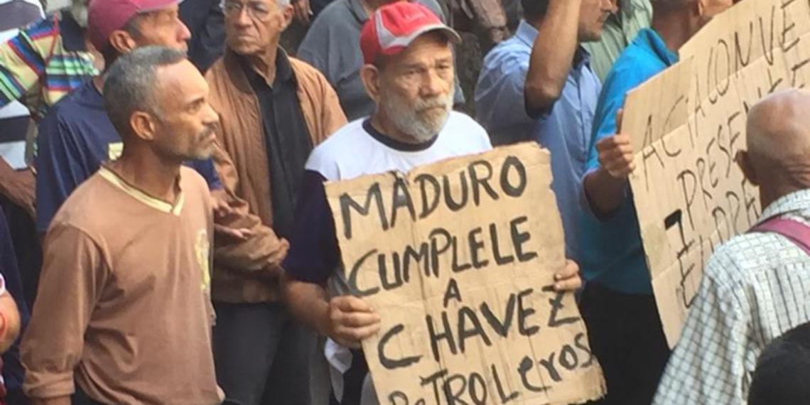 Extrabajadores de Pdvsa piden a Maduro que los escuchen