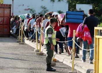 Colombianos deberán tener carnet migratorio para ingresar a Venezuela