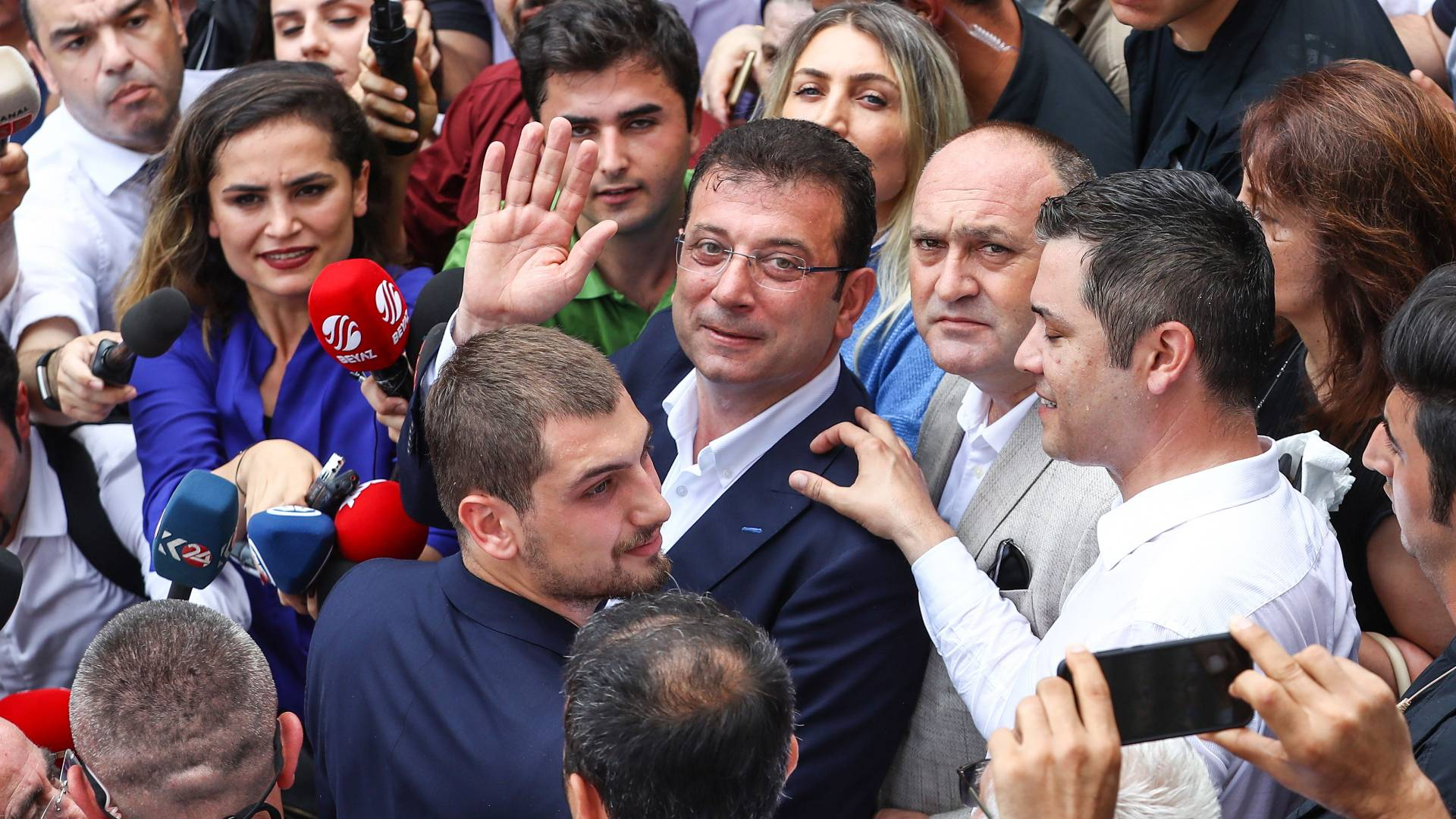La Oposición En Estambul Acabó Con 25 Años De Gobierno Islamista