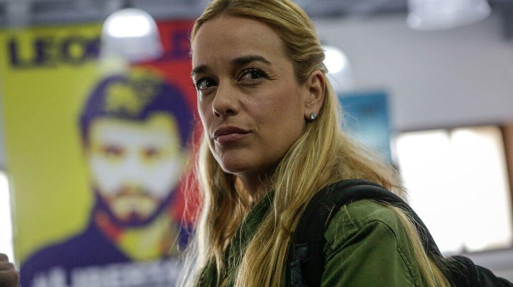 Esposa de Leopoldo López llegó a España con su hija menor