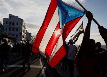Puerto Rico le exige la renuncia al gobernador