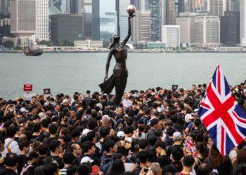 Hong Kong registra nueva marcha contra Ley de Extradición