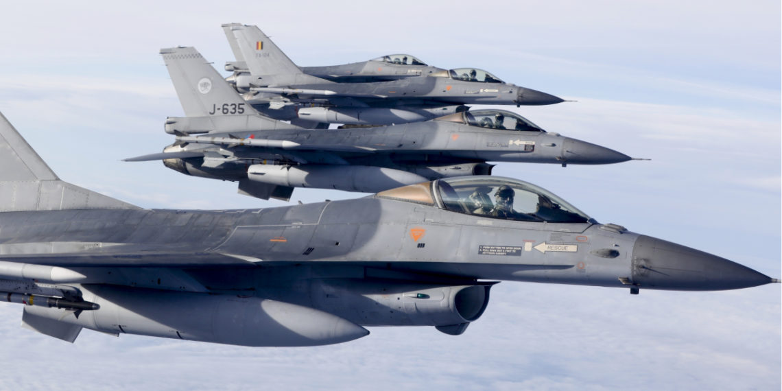 Aviones de combate estadounidenses F-16. Foto: AFP