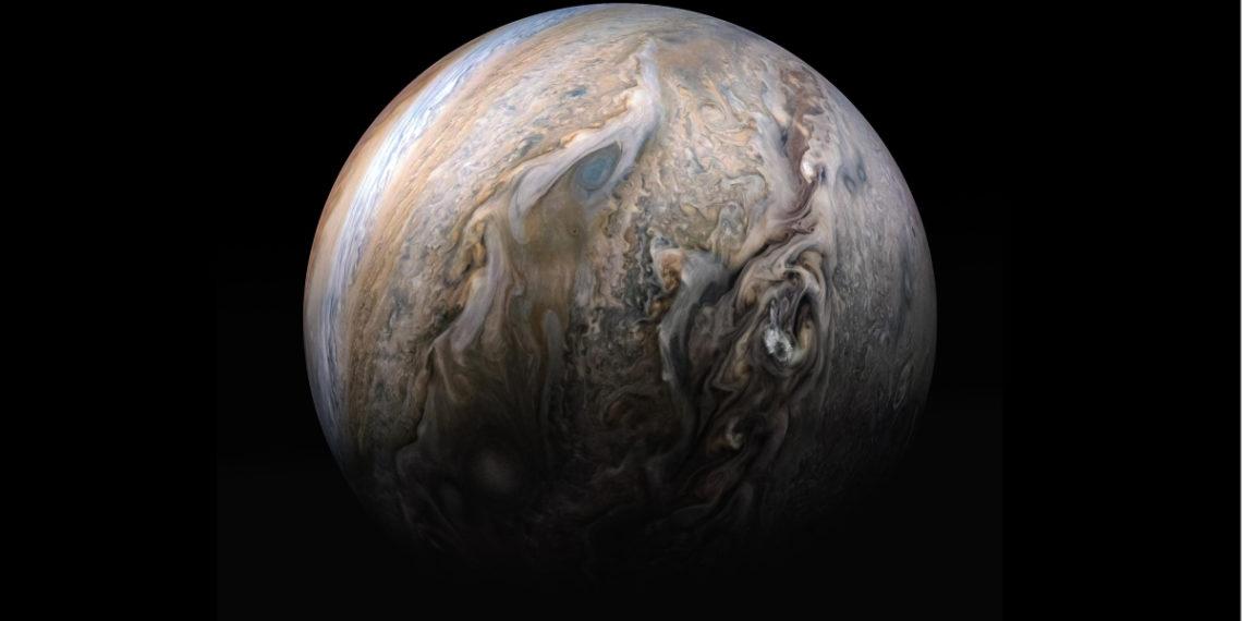 Descubren que un enorme planeta pudo haberse estrellado con Júpiter