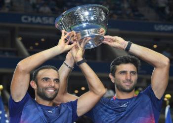 Los tenistas colombianos Juan Sebastián Cabal y Robert Farah se coronaron campeones del Abierto de EE.UU.Foto: AP