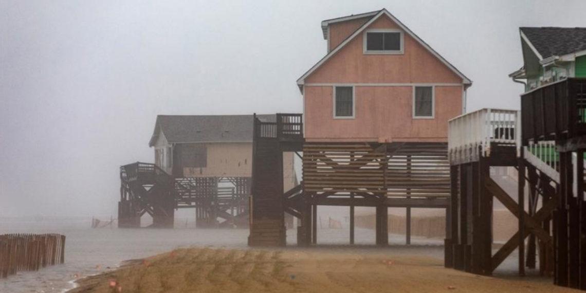 Dorian pierde intensidad e impacta a Carolina del Norte como huracán de categoría 1