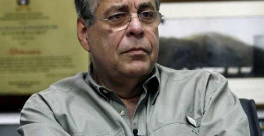 Ravell: «Juan Guaidó no pide las cédulas al momento de tomarse fotos»
