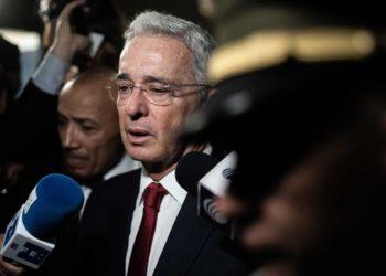 Álavro Uribe