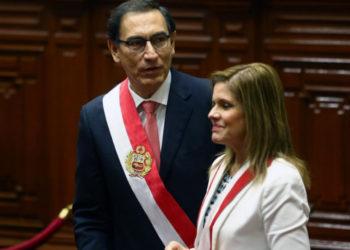 Gobierno de Vizcarra no acepta la renuncia de la vicepresidenta Aráoz