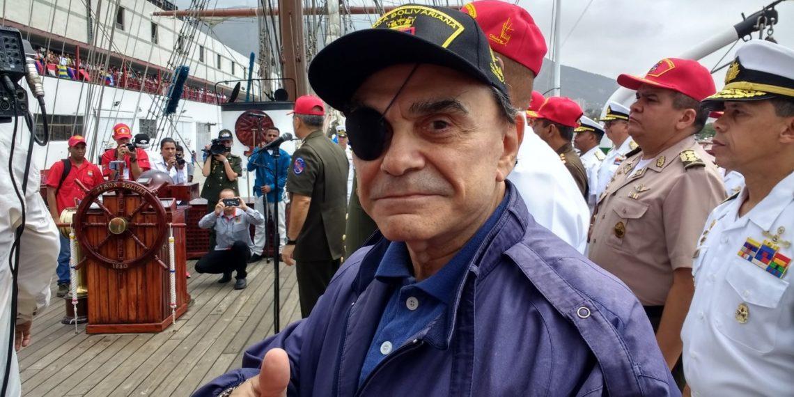 Walter Martínez volvió a denunciar la suspensión de su programa ...
