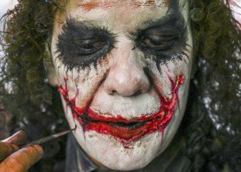 Un venezolano de la diáspora vive en Medellín interpretando al Joker