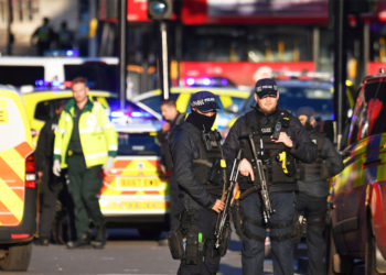 Ataque con cuchillo en Londres deja varios heridos. Foto: AP
