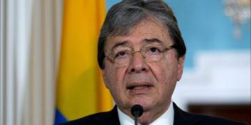 El ministro de Defensa de Colombia, Carlos Holmes Trujillo. Foto: AP