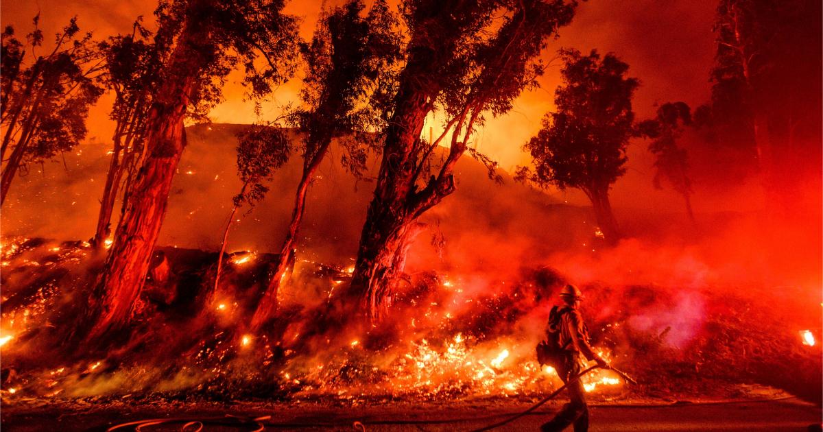 Trump amenaza a California con recortar recursos para