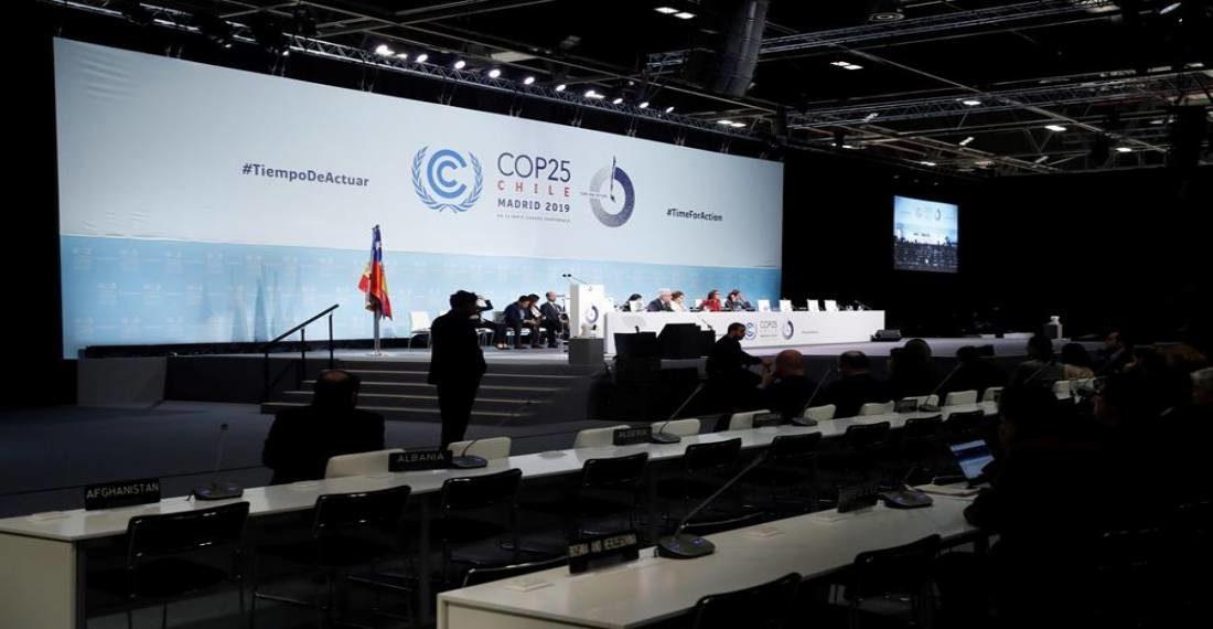 La Cumbre del Clima más larga de la historia alcanzó un acuerdo mínimo
