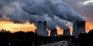 Contaminación en el planeta. Foto: EFE