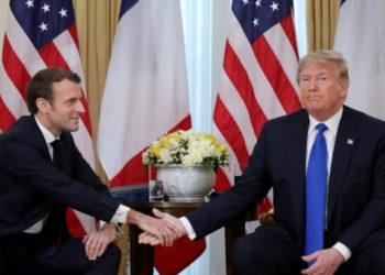 El presidente de EE.UU. Donald Trump, y el presidente de Francia, Emmanuel Macron. Foto: AFP