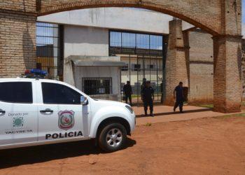 Al menos 75 presos de una red criminal se fugaron de una cárcel en Paraguay. Foto: AP