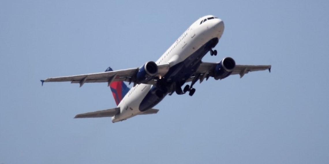 Imagen de referencia de un avión de la compañía Delta Air Lines. Foto: AFP
