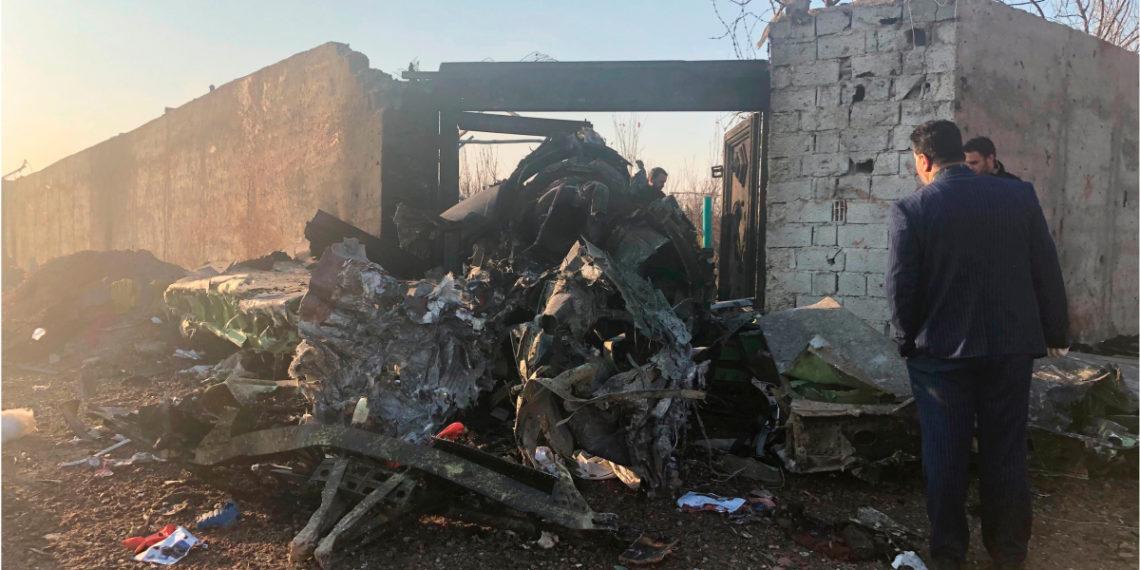 Accidente de avión ucraniano cerca de Teherán. Foto: AP