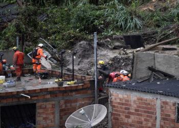 Deslizamientos en Brasil por fuertes lluvias. América Digital. AFP