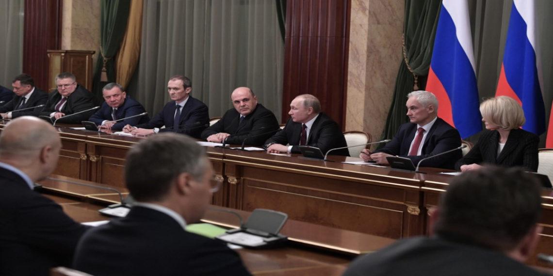 Vladimir Putin nombra al nuevo gabinete ruso. AFP