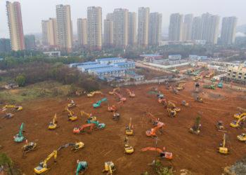 China construirá un hospital en 10 días para atender a infectados por el coronavirus. Foto: AP