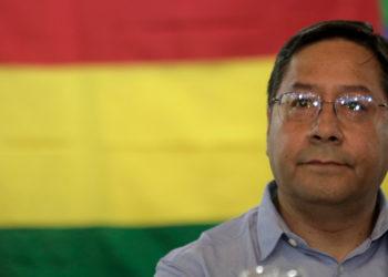 El candidato presidencial de Bolivia, Luis Arce. Foto: AP