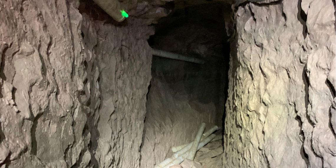 Descubren el túnel fronterizo más largo hasta la fecha entre EE.UU. y México. Foto: AP