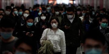 Aumenta el número de infectados por el coronavirus en el planeta. Foto: AP