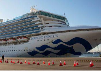 El crucero Diamond Princess en Japón, en cuarentena por coronavirus. Foto: AP