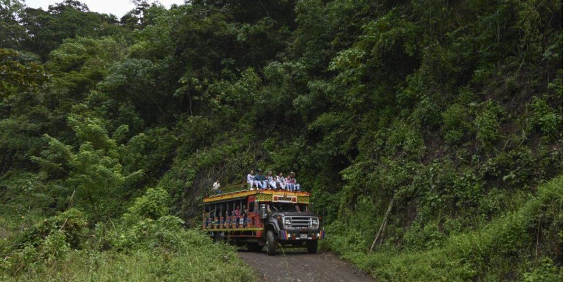 Foto de referencia de desplazamiento en el municipio de Ituango, en el departamento de Antioquia, en Colombia. AFP