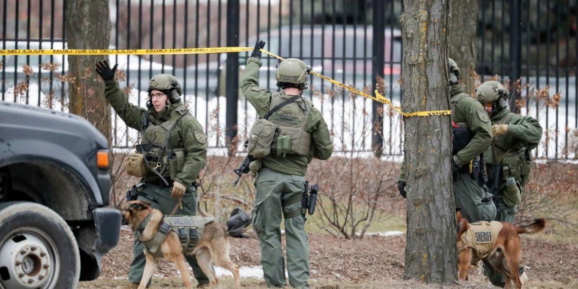 Cinco personas murieron en tiroteo en una cervecera enMilwaukee (EE.UU.) Foto: AP