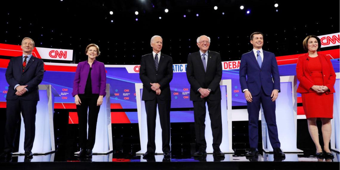 Los candidatos demócratas: el empresario Tom Steyer, la senadora Elizabeth Warren, el ex vicepresidente Joe Biden, el senador Bernie Sanders, el exalcalde de South Bend Pete Buttigieg y la senadora Amy Klobuchar. Foto: AP