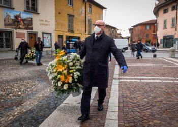 Gobierno italiano prohibe entrada y salida en Lombardía y aísla a 16 millones de personas