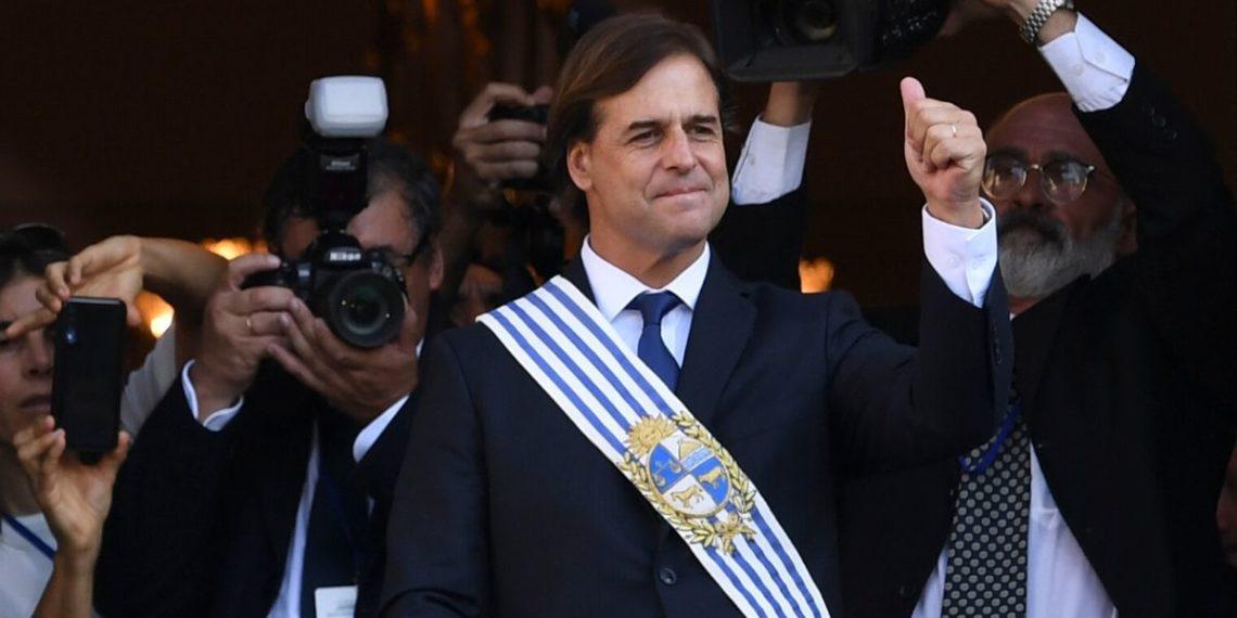 Luis Lacalle asumió como presidente de Uruguay. Foto: AFP