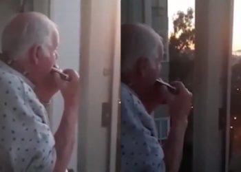 La historia del anciano con Alzheimer que piensa que aplausos para médicos son para él
