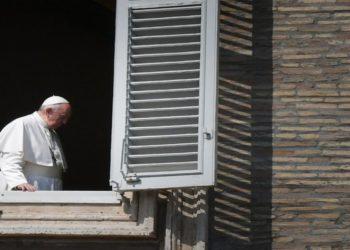 «Unamos nuestras voces al cielo»: el mensaje del Papa ante la pandemia