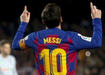 El argentino Lionel Messi puede salir del Barcelona gratis en el vernano