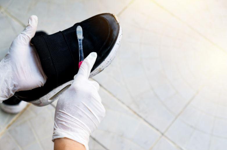 desinfectar los zapatos