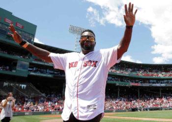David Ortiz mostró admiración al personal médico de Boston