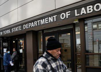 aumento de desempleo en Estados Unidos por el coronavirus