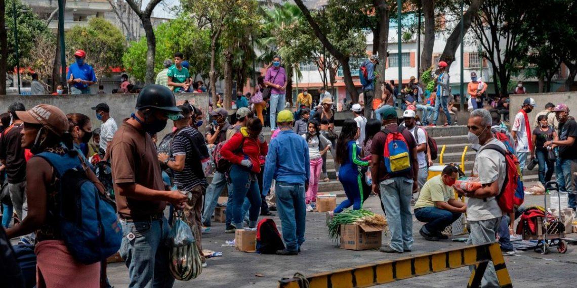 Maduro flexibilizará cuarentena en Venezuela