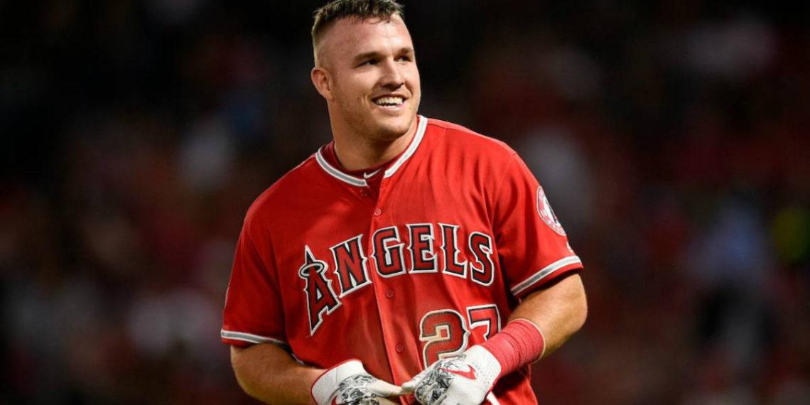 Mike Trout : de mejor jugador del mundo a motivar a la policía de Anaheim