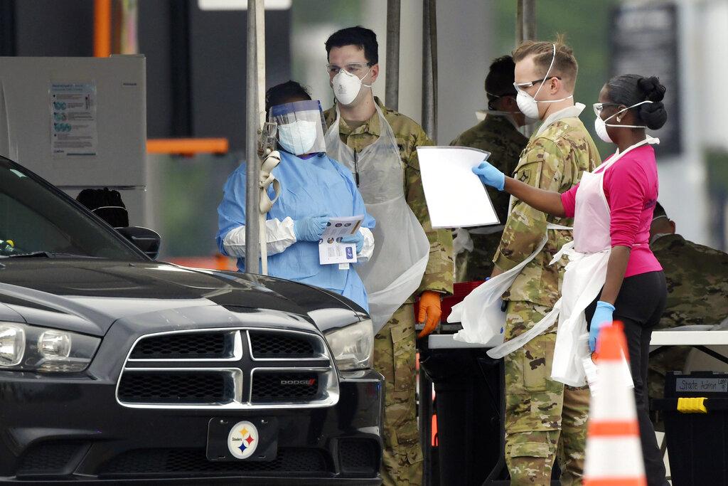 Pruebas de coronavirus a conductores en Florida