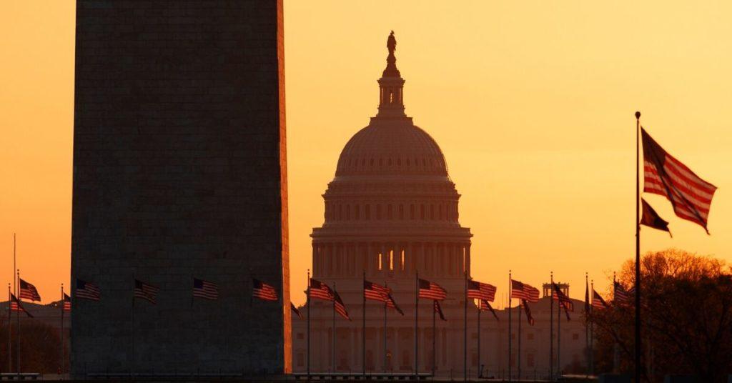 Senado de Estados Unidos aprueba paquete de ayuda para enfrentar el coronavirus