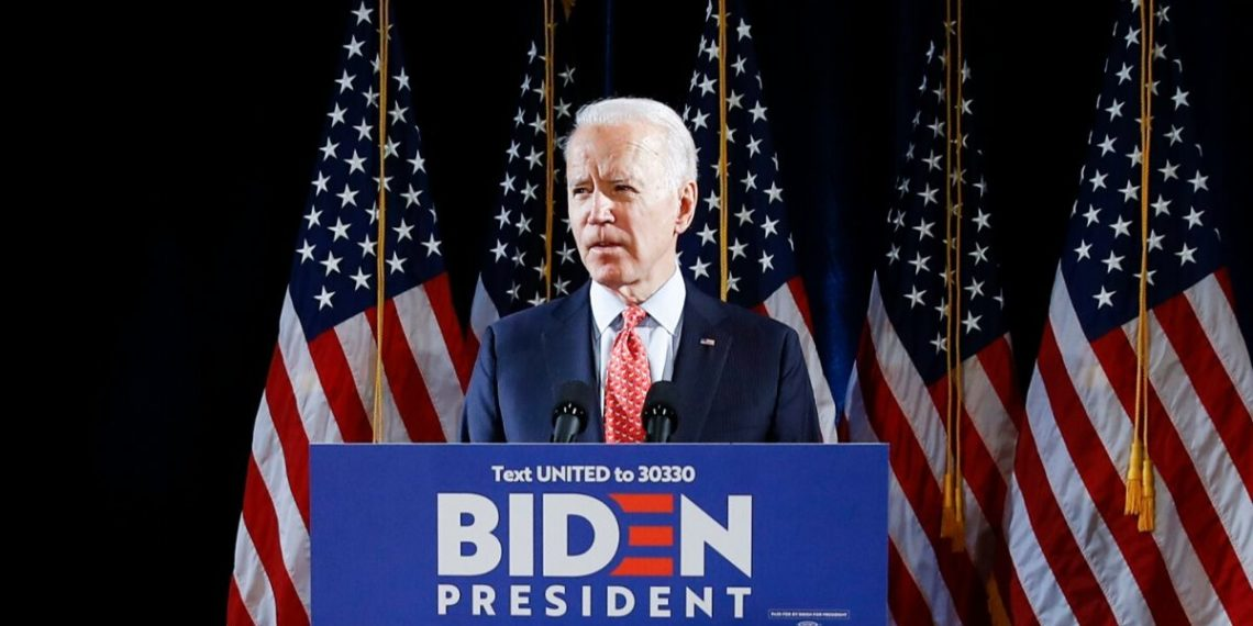 Una exempleada acusa a Joe Biden de agresión sexual